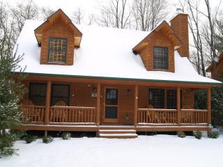 Cedar Creek Lodge - A Winter Hideaway!