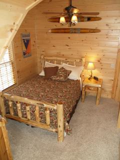 Cedar Creek - Upstairs bedroom #3