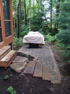 Cedar Creek - Patio w/Charcoal grill