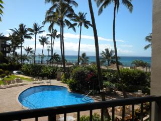 Beautiful, Sophisticated Condo Stunning West Maui, Honokowai
