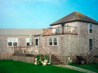 3 Bedroom 2 Bathroom Vacation Rental in Nantucket that sleeps 6 -(10015)
