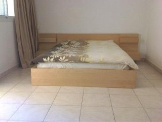Bograshov - 2 min walk to beach - 3br, Tel Aviv