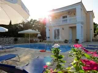 Villa Asterea - Kefalonia -Private Pool & Sea View, Skala