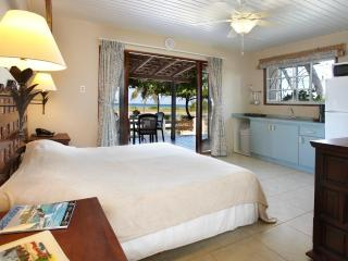 Aruba Sunset Beach Studio, Malmok Beach