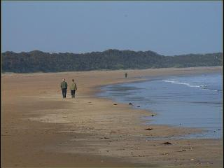 Beautiful and Sandy, Dunmoran Beach, 10 minutes walk  from Beach House