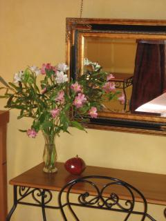 Fresh flowers in all rooms