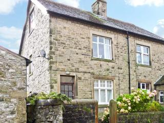 LOW FOLD COTTAGE, pet friendly, country holiday cottage, with a garden in