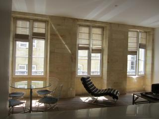 Beautiful apartment in the heart of Bordeaux, Burdeos