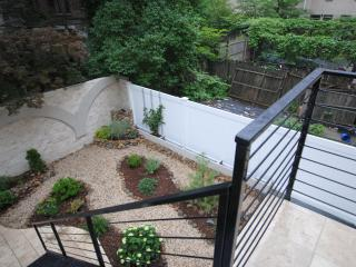 Amazing Garden Duplex, Historic Harlem, New York City