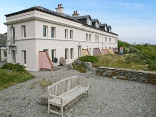 NO 4 CROOKHAVEN COASTGUARD COTTAGES, pet friendly, with a garden in Goleen