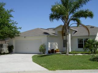 Pool, Palms and Privacy close to Disney, Clermont