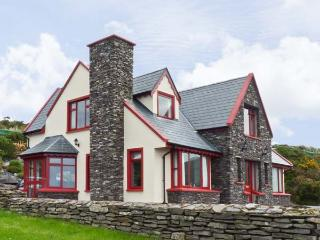 8 BENJAMIN CLOSE, pet friendly, with a garden in Waterville, County Kerry, Ref
