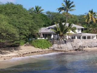 HAWAII BEACHFRONT VILLA 'Nalu'