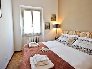 Luminous 1 Bedroom in the Heart of Florence