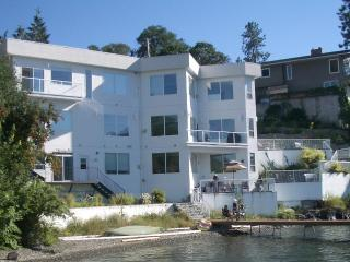 Amykonos Vacation Rental, Kelowna