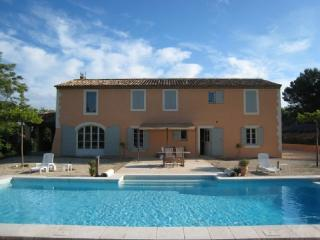 Spacious 4 Bedroom Aix En Provence Villa Holiday Rental