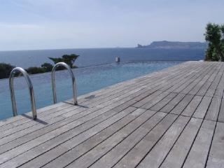 Var Holiday Villa Rental with a Pool, Les Lecques