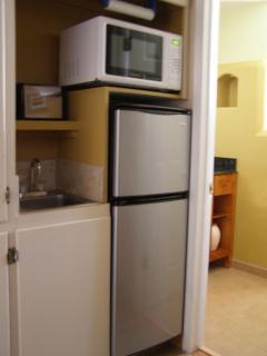 Kitchenette area - Microwave, crock - pot, coffee pot, frig/frez, sink & kitchen supplies.