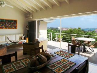 CASA DE BELLA (formally known as CASELLA)...beautifully furnished, lots of