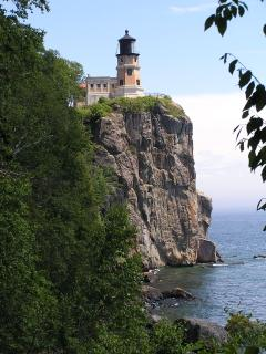 Split Rock Lighthouse (2.3 mi. south)