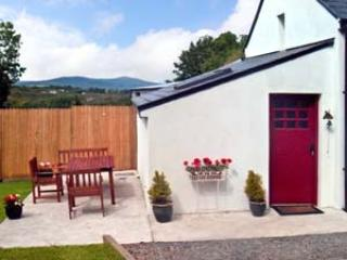 2 bedroom cosy country cottage, Kenmare