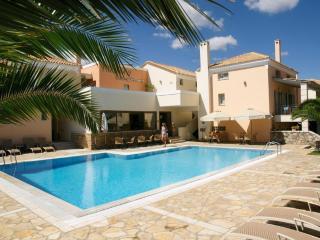 Harmony Hotel Apartments Maisonette KYVELI 2-5per