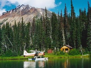 Coles Lake Lodge- Fly In-Remote Wilderness Getaway
