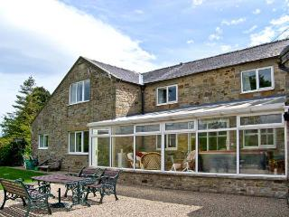 1 WHITFIELD BROW, pet friendly, country holiday cottage, with hot tub in Frosterley, Ref 8149