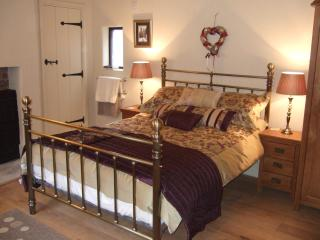 Double room loated on the first floor with ensuite  and shower