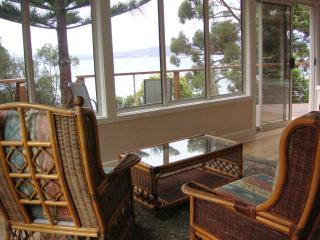 Coningham Cottage,  Sthn Tasmania  (2 nights min)