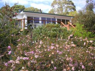 Coningham Cottage,  Sthn Tasmania  (2 nights min)