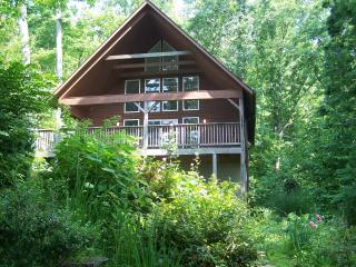 Desire Peace & Quiet? Romantic or Family Vacation!, Fairview