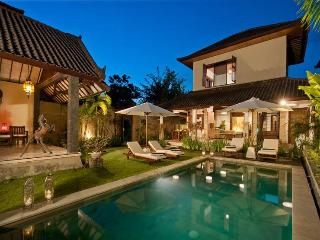 Seminyak Villa Tranquilo 3 bedrooms
