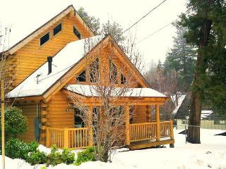 Newly Build wood Log Cabin Minutes to Lake Special, Lake Arrowhead