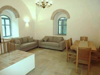 Wonderful renovated historic home - City Centre, Jerusalém