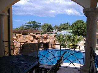 Families, Downtown@Beach, WiFi, Sleeps 7, Pool, Tamarindo
