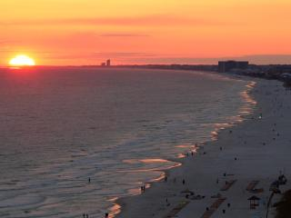#1 Luxurious, Modern, Condo In PCB. Book It Now!, Panama City Beach