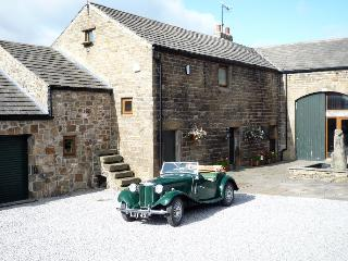 Sheffield - Peak District - Midhopestones. 4 bedroom barn conversion.