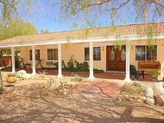 Gorgeous Hacienda Style 5BR/3BA, Pool, Mtn Views, Tucson
