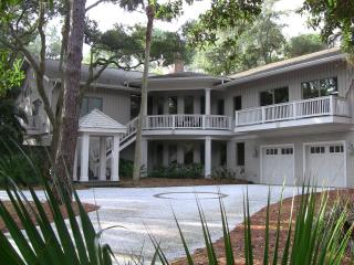 Best Large Group Sea Pines Home, 2nd Row Ocean!