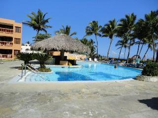 Caribbean Ocean Front Condo!  Tropical paradise