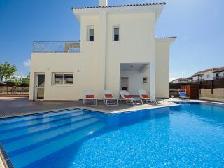 Oceanview Villa 196 - Spacious with Sea Views, Protaras