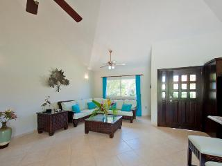 A two bedroom villa with a huge entertainment kitchen, beautiful design and AC, Sosua