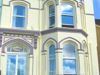 Endfield House - beautiful seaside apartment!, Port St. Mary