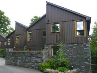 KESWICK BRIDGE 16, 2 Bedroomed, Keswick, Christmas and New Year weeks