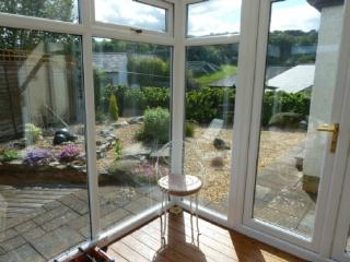 LINDALE RETREAT, Lindale, South Lakes, Grange-over-Sands