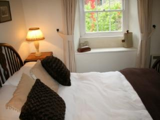 MILL COTTAGE, Garnett Bridge, Nr Windermere, Bowness-on-Windermere