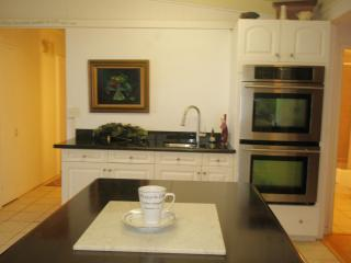 Kitchen, Double Oven, Wet-bar