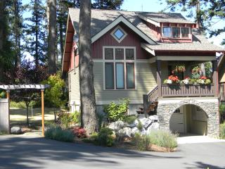 Northwest Craftsman Located in the Heart of Town, Eastsound