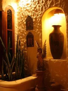 entrance art nook